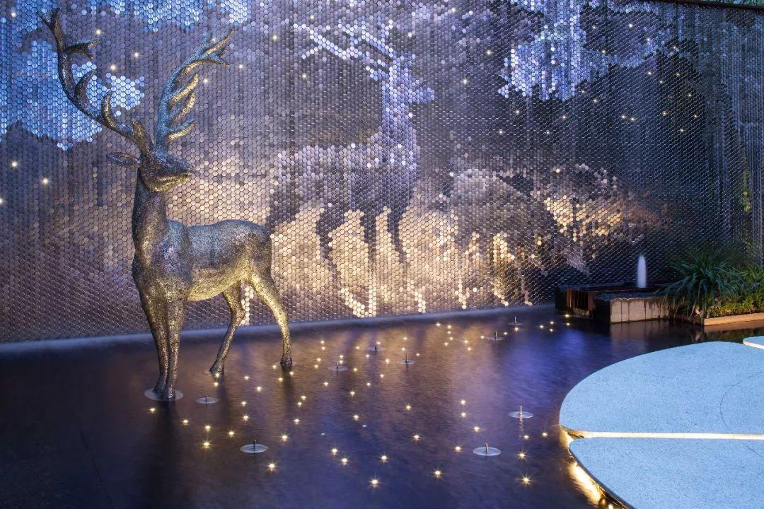 鹿主题的雕塑作品_贵阳不锈钢雕塑_不锈钢雕塑贵阳公司_贵阳不锈钢雕塑工厂